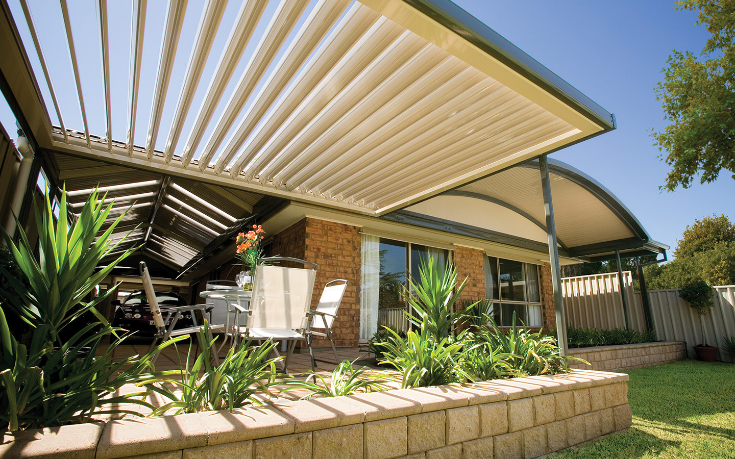 Awning Stratco Outback Sunroof - AbFab